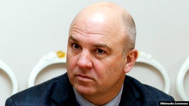 Avropa Şurasının komissarı hakimiyyətin son addımlarını pisləyir