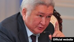 Қырғызстан парламентінің депутаты Феликс Кулов.