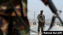 Повідомляється, що таліби атакували контрольно-пропускний пункт на шосе в провінції Гільменд