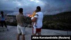 Пажары ў Грэцыі, 23 ліпеня пад Атэнамі