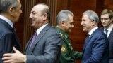 Orsýetiň daşary işler ministri Sergeý Lawrow 29-njy dekabrda türk kärdeşi Mewlut Çawuşoglu bilen duşuşdy.