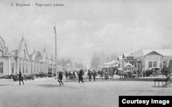 Дореволюционный Верный зимой. Улица Торговая (ныне – Жибек Жолы).