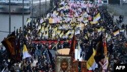 """Мәскеудің орталығында өткен """"Орыс маршынан"""" көрініс. 4 қараша 2012 жыл."""