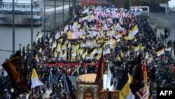 """""""Русский марш"""" в центре Москвы, 4 ноября 2012 года."""