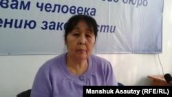 Қалалық жедел жәрдем станциясының бұрынғы қызметкері Гүлнар Әбілдекова. Алматы, 19 қараша 2014 жыл.