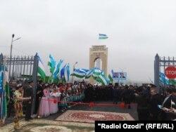 Церемония открытия КПП на таджикско-узбекской границе, 1 марта 2018 года.