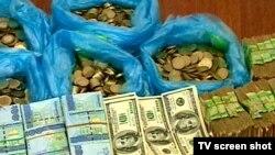 Neşe gaçakçylaryndan alnan pullar, 30-njy awgust, 2010 ý.