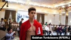 """<strong>""""Mister Universal Ambassador Kyrgyzstan 2019""""</strong>сынагы Бишкектеги эс алуу борборлорунун биринде өтүп, ага 29 жигит катышты."""