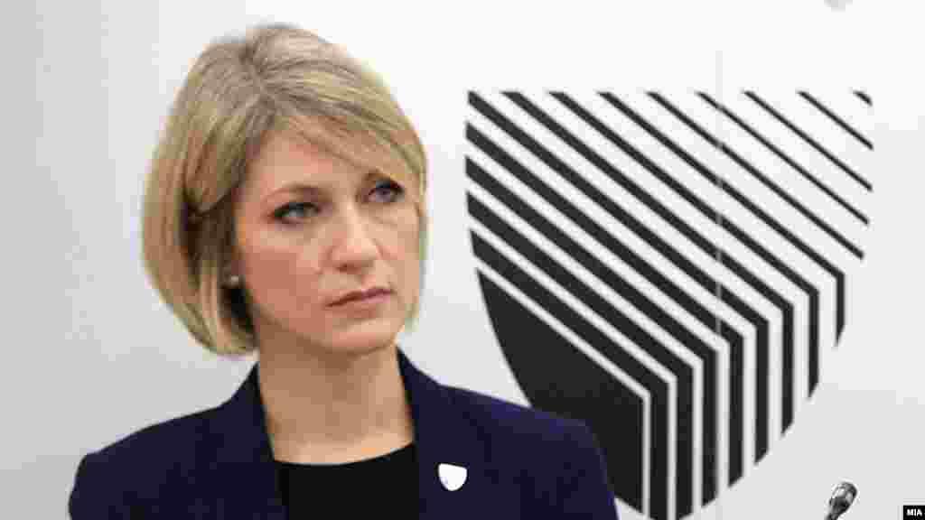 МАКЕДОНИЈА - Специјалната јавна обвинителка Ленче Ристоска најави дека СЈО и во иднина ќе отвора истраги во Македонија и додаде оти се надева дека надлежноста на СЈО ќе биде проширена и на случаи од висока корупција.