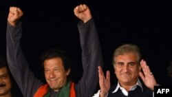 شاه محمود قریشي او عمران خان