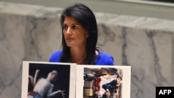 Ambasadoarea americană Nikki Haley în cursul dezbaterii în Consiliul de Securitate a situației din Siria