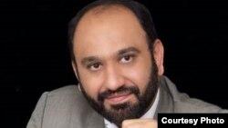 Blogeri i njohur iranian, Mehdi Khazali