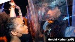 Protestele contra injustiției rasiale continuă în SUA. Manifestații de solidarizare în mai multe orașe ale lumii