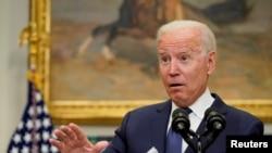 Președintele Joe Biden vorbind duminică, la Casa Albă, despre evacuarea din Afganistan, Washington, SUA, 22 august 2021.