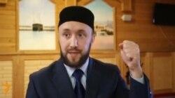 """Рөстәм хәзрәт Зиннуров: """"Мин мөфтияткә дә, милләтемә дә каршы түгел"""""""