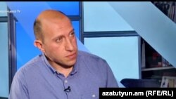 Политический обозреватель Акоп Бадалян