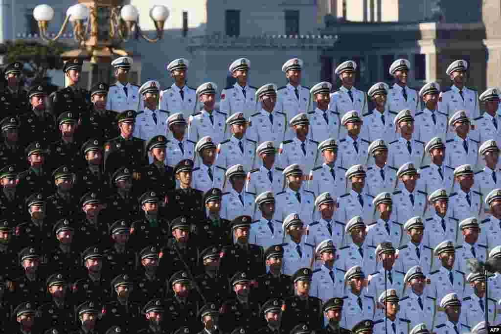Хор Народно-визвольної армії Китаю на параді в Пекіні