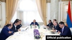 Armenia - Prime Minister Hovik Abrahamian meets with other senior government officials in Yerevan to discuss possible changes in the controversial Tax Code, 30Aug2016.