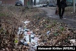 Мусор на городских улицах, Новгород