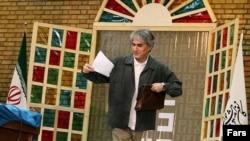 یوسف اباذری، جامعهشناس و دانشیار دانشگاه تهران