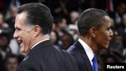 U.S. President Barack Obama (right) and Republican candidate Mitt Romney largely agree on the broad issues of Iranian policy.