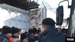 Raid al poliției moscovite împotriva imigranților ilegali