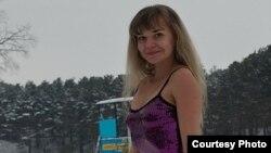 Татьяна Кувшинникова в новогоднем платье.