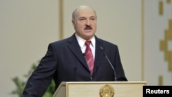 The government of Belarusian President Alyaksandr Lukashenka now faces strengthened U.S. sanctions.