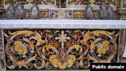 Начиная с Ренессанса, агат, ляпис-лазурь, алебастр, малахит и многие другие минералы составили палитру Pietre Dure