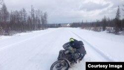 Люк по дороге в Якутск