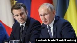 Макрон и Владимир Путин. 9 декабря 2019