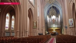 Исаакий по-киевски: почему власти Украины не отдают католикам храм в столице