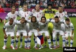 Чехия құрамасы Ресей-Чехия матчының алдында. Вроцлав, 8 маусым 2012 жыл