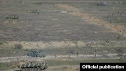 Учения армянских военных в Нагорном Карабахе. Иллюстративное фото.
