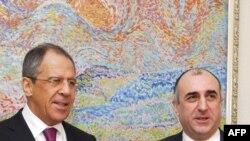 Азербайджан - министр иностранных дел Эльмар Мамедъяров на встрече с министром иностранных дел России Сергеем Лавровым в Баку, 12 марта 2009 г.