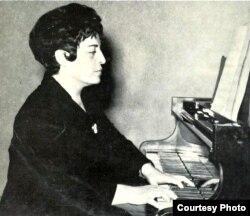 Pianista Sofia Cosma (1914-2011)
