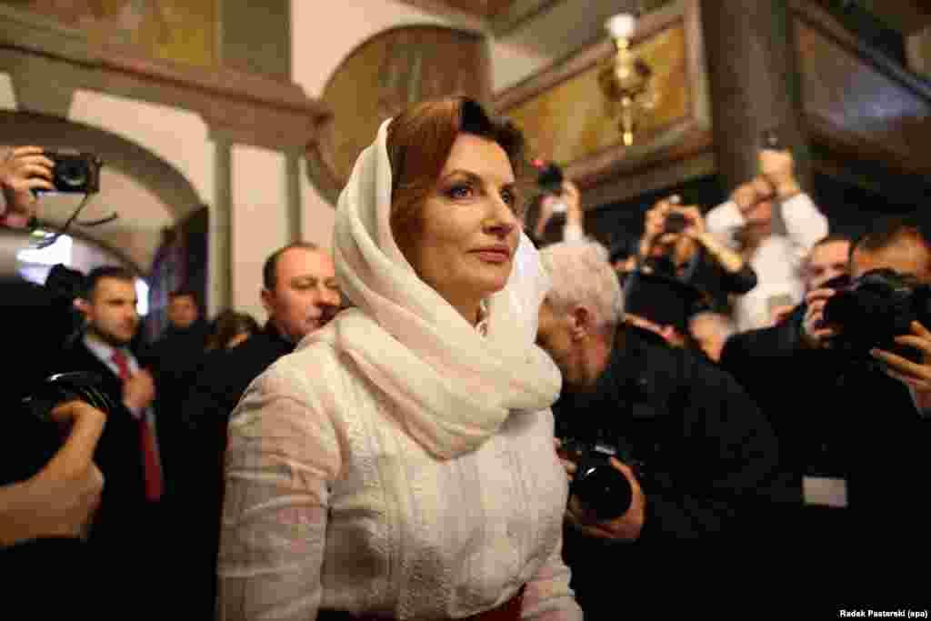 На церемонії також була присутня і дружина президента України Марина Порошенко