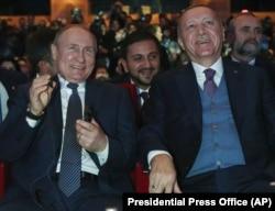 """Владимир Путин и Реджеп Эрдоган на церемонии открытия газопровода """"Турецкий поток 8 января 2020"""
