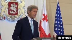 ԱՄՆ պետքարտուղար Ջոն Քերրին ելույթ է ունենում Թբիլիսիում: 6-ը հուլիսի, 2016 թ․