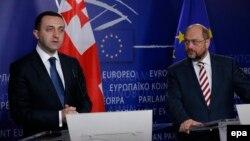 Իրակլի Ղարիբաշվիլի, holds a press briefing with EU Parliament President Martin Schulz, after a meeting at the EU Parliament in Brussels, November 18, 2014