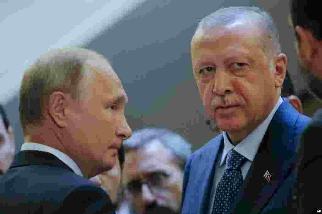 ТУРЦИЈА - Администрацијата на турскиот претседател Реџеп Таип Ердоган соопшти дека датумот кога ќе купат дополнителни ракетни системи С-400 од Русија е само техничка работа.