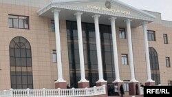 Здание Атырауского областного суда. Иллюстративное фото.