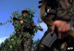 Украинские военнослужащие на учениях на Яворивском полигоне. Лето 2015 года