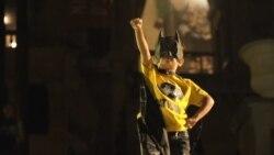 """Со """"Бет-сигнал"""" низ светот се прослави роденденот на Бетмен"""