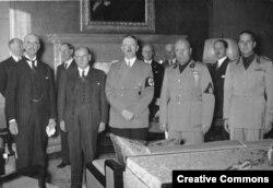 Участники Мюнхенского соглашения 1938 года дали повод Кремлю утверждать, что Сталин был ничуть не хуже