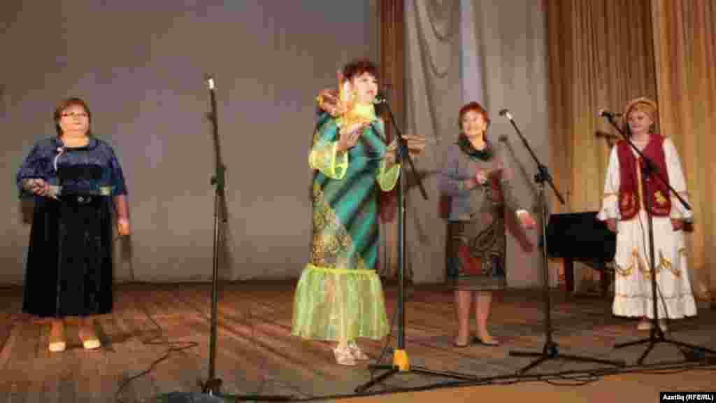 Омски кунаклары тәбрикли