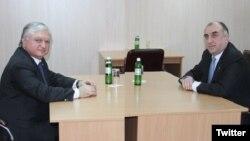 Elmar Məmmədyarov və Edvard Nalbandyan (arxiv fotosu)