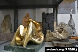 У майстэрні Віктара Копача