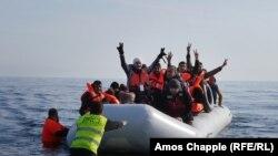 Мигранты и беженцы на острове Лесбос