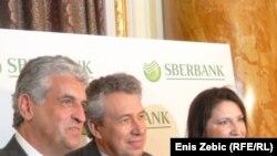 Predstavnici Sberbank i Volksbank na predstavljanju u Zagrebu, 12. travnja 2012.